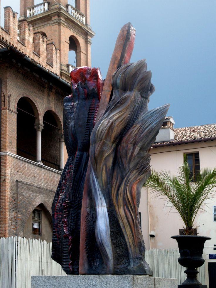 """""""IL GRANDE FUOCO"""" di Ivo Sassi – 1991 Piazza Martiri della Libertà Composizione in refrattario policromo lustrato (3° fuoco) (590x150x80)"""