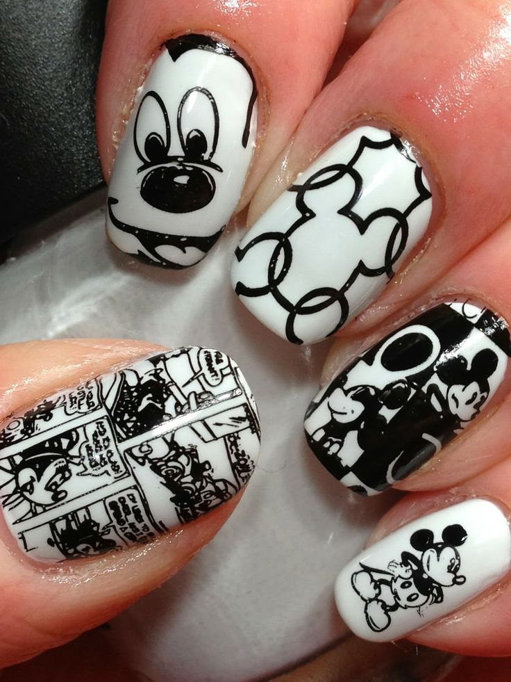 Cute Mickey Mouse nails from Canadian Nail Fanatic