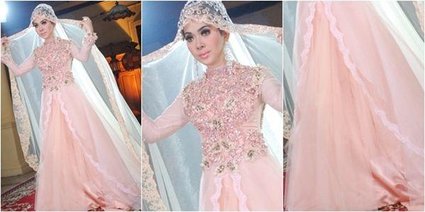 Nikah hijab | Foto gaun pengantin muslim syahrini soft peach #tips busana busana