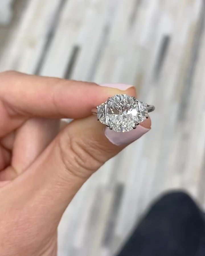 2 510 Likes 35 Comments Ring Concierge Ringconcierge On Instagram We Added Epaulettes To This 3 5ct Cushion In 2020 Dress Rings Ring Concierge Engagement Rings