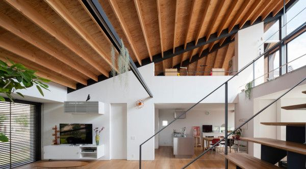 Private house for a family of four by Naoi Architecture & Design Office