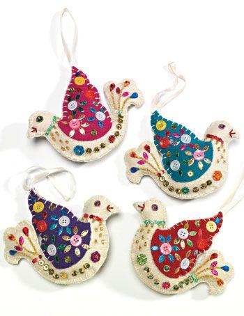 Felt and sequins | Felt bird with blanket stitch and sequins > Christmas Felt Decorations ...