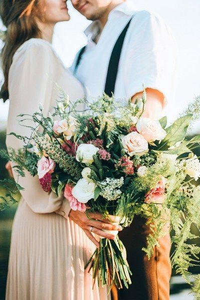 Пышный свадебный букет