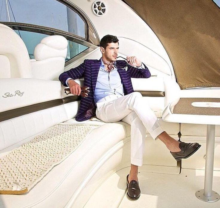Sea Ray - AJ MacDonald - Yacht Broker - ajmacdonald@camperandnicholsons.com