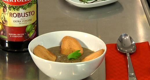 Olio Robusto per la nostra ricetta: Zuppa di lenticchie #olio #bertolli #robusto #ricette #lenticchie #sedano #cipolla #alloro #peperoncino
