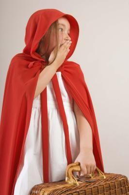 Como fazer uma capa com capuz para crianças sem costura | eHow Brasil