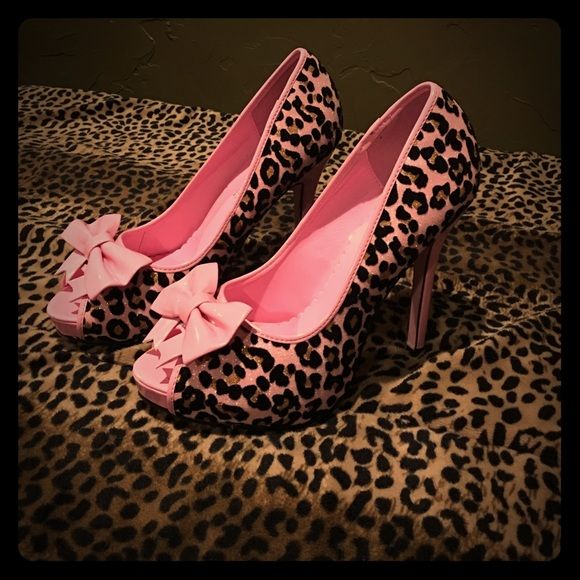 Pink cheetah sexy heels Glittery Pink, cheetah heels. Only worn a couple of times. Leg Avenue Shoes Heels