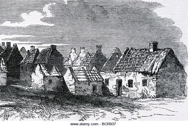 irish-village-abandoned-after-the-great-potato-famine-of-the-mid-19th-bcr937.jpg (640×434)