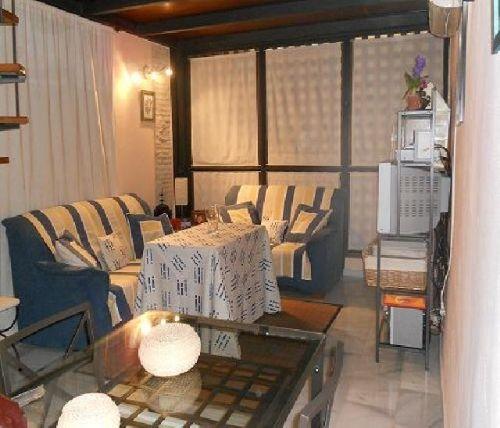 apartamento en sevilla  alquiler vacacional http://es.1000apartamentos.com/Sevilla/Sevilla/Apartamentos/Apartamento-Barrio-Santa-Cruz-/167131