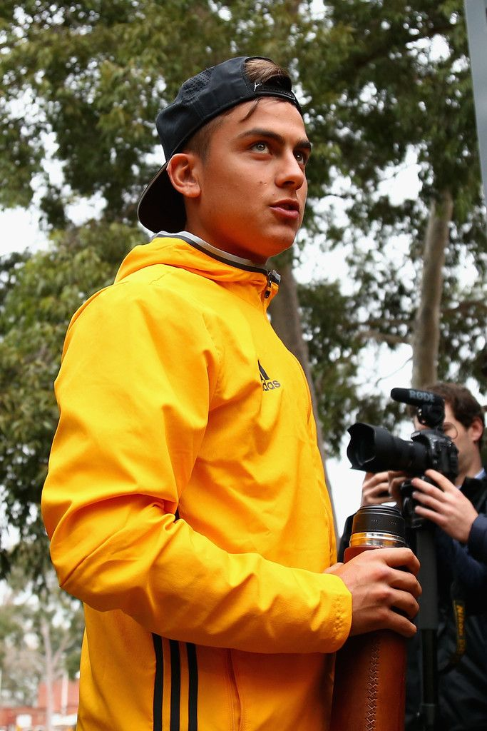 Paulo Dybala Photos Photos - Paulo Dybala arrives during the Juventus FC welcome ceremony at Lakeside Stadium on July 19, 2016 in Melbourne, Australia. - Juventus FC Welcome & Training Session