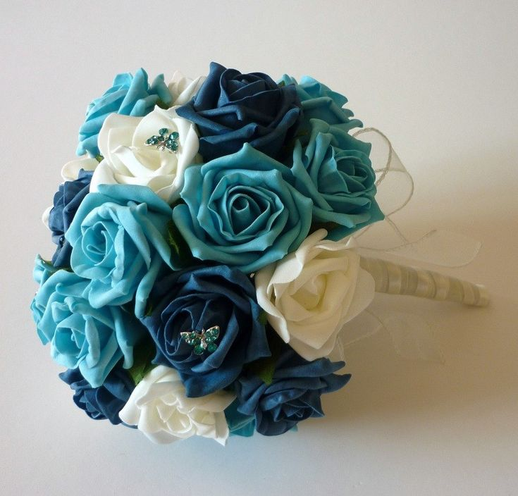 Turquoise and teal brides bouquet