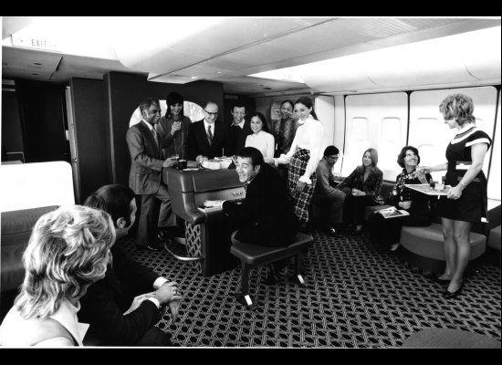 A History Of Flight Attendant Uniforms