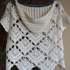 Mesdames shirt avec capuchon / crochet tricotés à la main