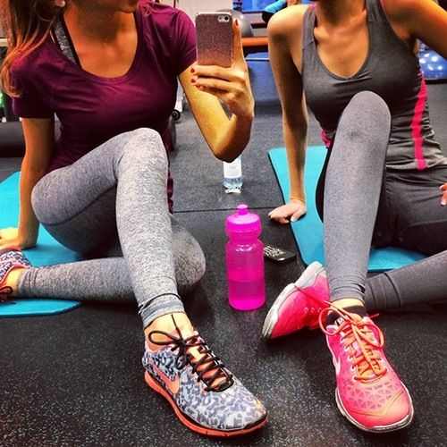 workout clothes nike shoes nike workout shirt fitness fitspo cute