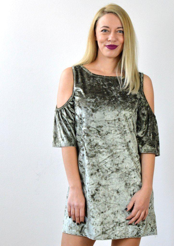 Φόρεμα Βελούδο με Ανοίγματα στους Ώμους - ΧΑΚΙ   shop online:www.musitsa.com