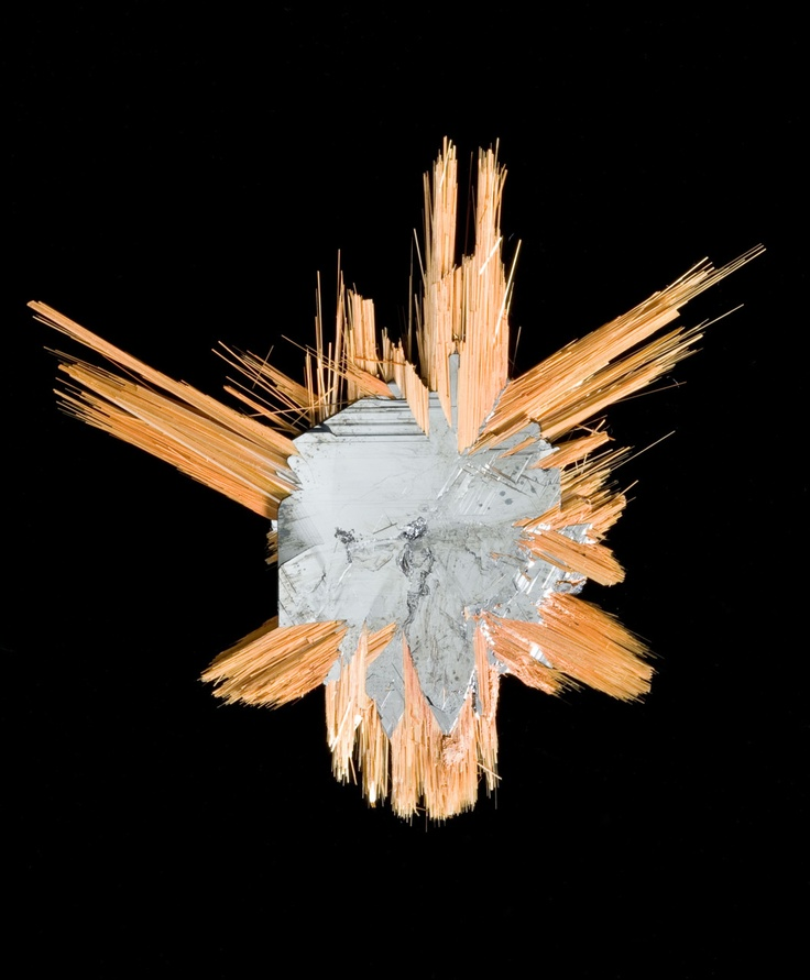 Hematite with Rutile | A fantastic example of the macroscopic evidence of chemical bond angles.