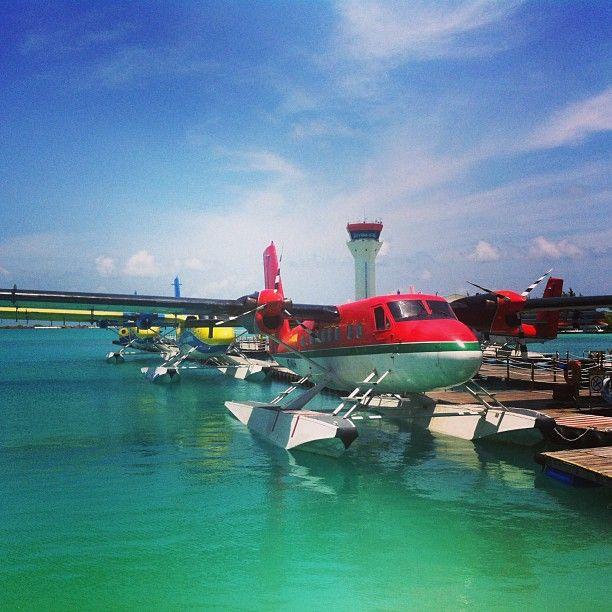 Jaha, såhär ser alltså sjöflyget ut som ska ta oss till #constance moofushi, en resa på ca 35 minuter #jordenruntmedving #vingresor #ving Läs mer om Maldiverna på http://www.ving.se/maldiverna/maldiverna