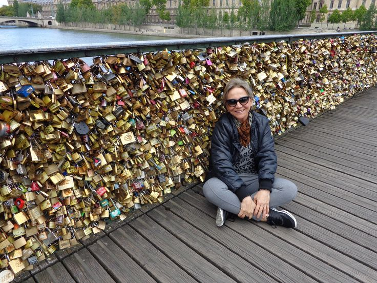 Eu na Pont des Arts