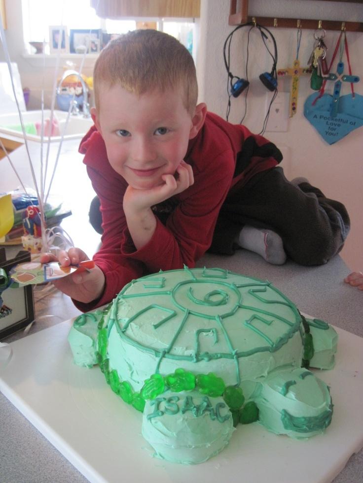 Wild Kratt's Birthday cake