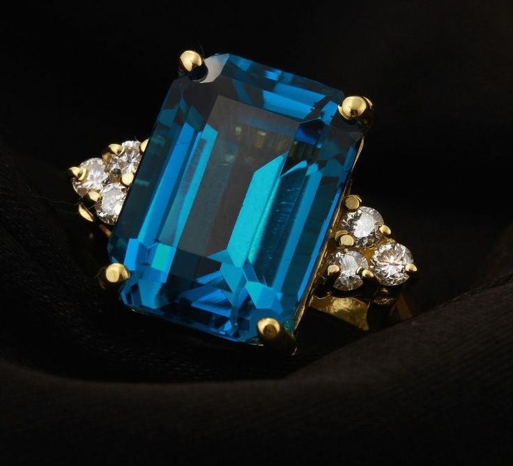 9.85Ct Natural LONDON BLUE TOPAZ & Diamond 14K Solid Yellow Gold Ring