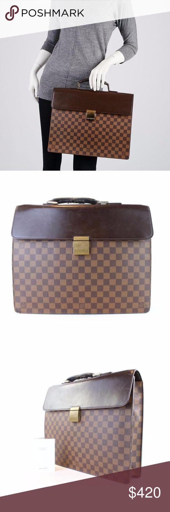 Louis Vuitton Damier Altona Pm 1lj11119 Laptop Bag OVERALL FAIR- CONDITION ( 5.75/10 or CD ) Includes LV Care Booklet Retail $2300 Signs of Wear: Rubs on exterior and interior. Corners and leather trim show rubbing and scuffs. Handles are heavily worn with a crack in the middle and warping, however it is still strong.  This item does not come with any extra accessories. Please review photos for more details. Color appearance may vary depending on your monitor settings. sku : 1lj11119 Louis…