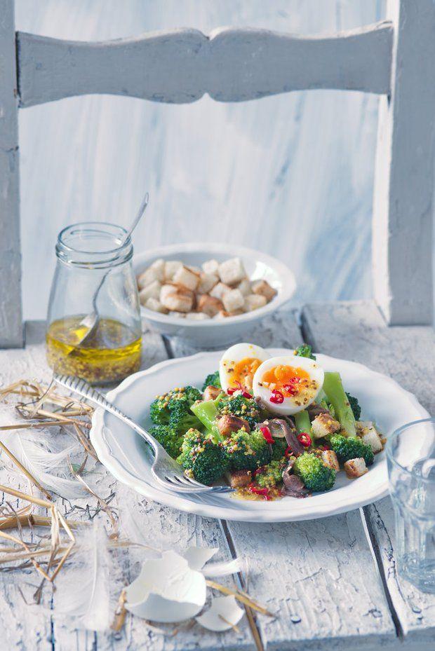 Pikantní salát zbrokolice a vajec sančovičkami 2, Foto: All