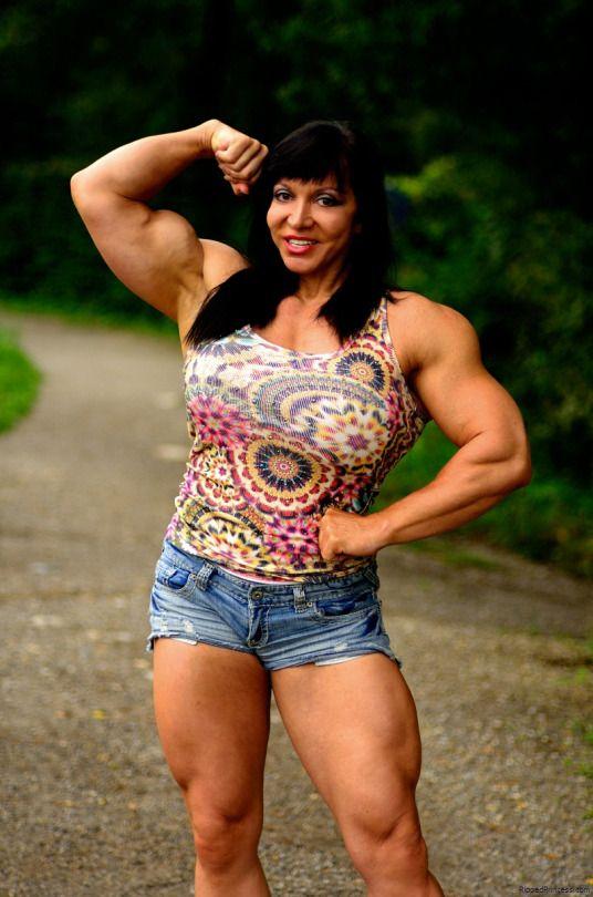 Beautiful Female Bodybuilders