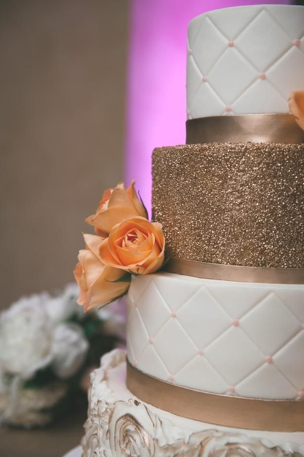 Best 25 Glitter Wedding Cakes Ideas On Pinterest Silver