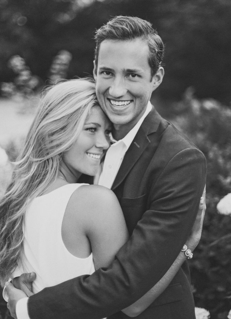 TESSA BARTON: Sarah & Pete |absolutely love this engagement shoot|