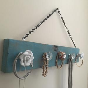 Teal Jewelry Hanger; Pallet Jewelry Organizer                      – Home and Pallet