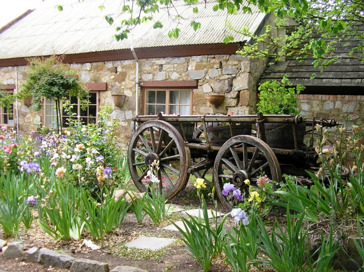 The Old Mill, Hahndorf, Adelaide Hills, SA / Hahndorf is a beautiful little town founded by German settlers. Today it has art beautiful galleries and shops full of arts and crafts.