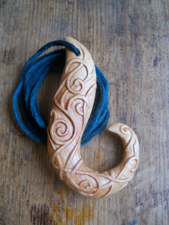 Celtic hook pendant carved in Alder by AtelierWizArt on Etsy, €80.00