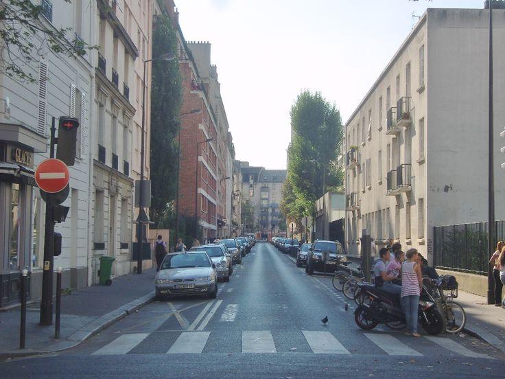 Paris 13e - Rue de la Vistule, autrefois rue du marché aux porcs (1877) - vue ouest, à hauteur de l'avenue de Choisy.