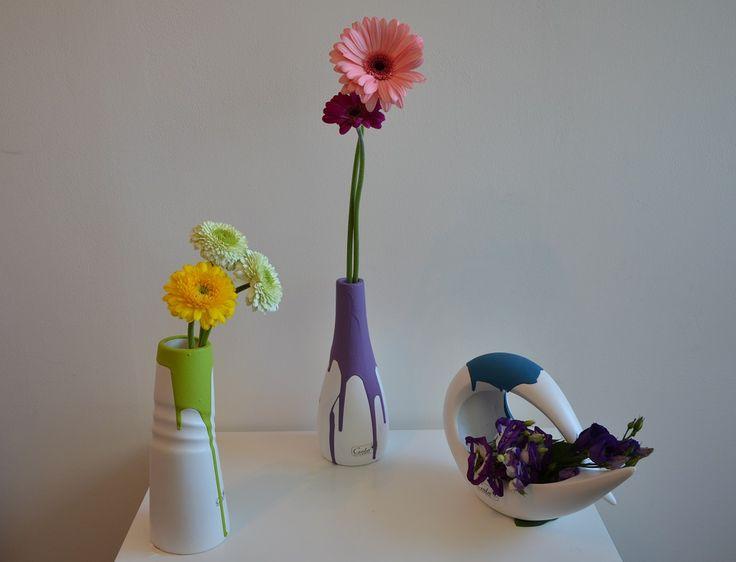 bunte akzente setzen - weiße vasen in farbe tauchen und schon ist, Wohnideen design