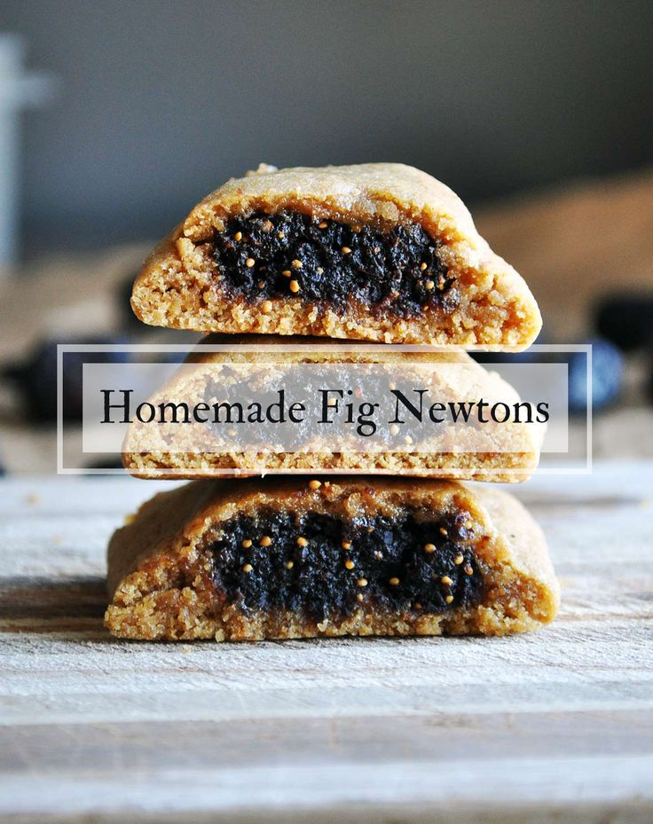 Homemade Fig Newtons are SO much better than any variety of packaged fig cookies. #fignewtons