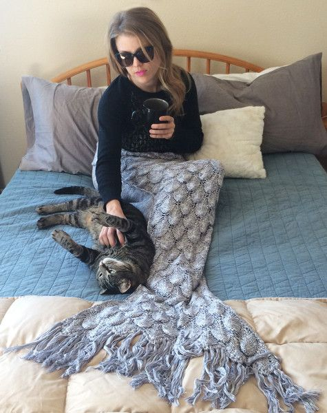 NEW! Gorgeous Silver Knit Mermaid Tail Blanket with Tiny Sequins ~ Adu - Seatail
