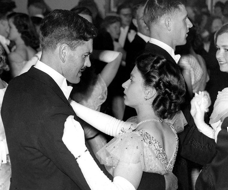 Queen Elizabeth & Sir De Villiers Graaff (2nd Baronet) celebrating her 21st birthday in Cape Town