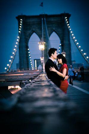 Engagement shoot, city, new york, brooklyn bridge, night - http://www.klkphotography.com
