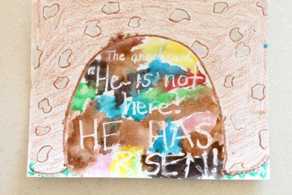 We have been learning all about the events leading up to Jesus' death and resurrection this week (thanks to our felt banner from heartFELT Tr