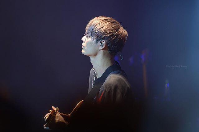 2016. 11. 19 ONE OK ROCK LIVE IN KOREA . . . . . @toru_10969 #oneokrock #ワンオク #oneokrockkorea #ワンオクロック #ワンオク韓国 #korea #韓国 #원오크 #원오크락 #토루 #10969 #oor #10969toru