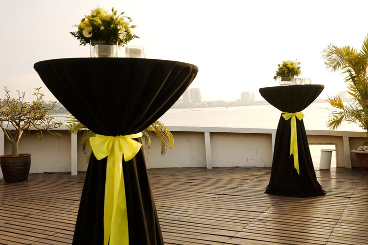 17 Best images about Cocktail Tables on Pinterest : Events, Square tables and Cloths