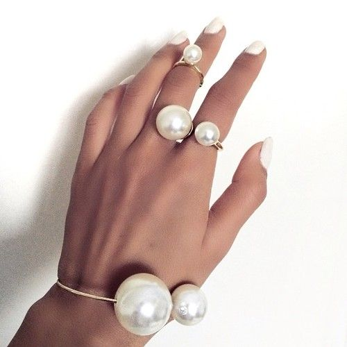 Be Beautiful Angels: Unique Jewelry, Fashion Details, Fashion Chic, Pearls Rings, Crowns Jewels, Beautiful Angel, Rings Bracelets, Pearls Jewelry, Be Jewels