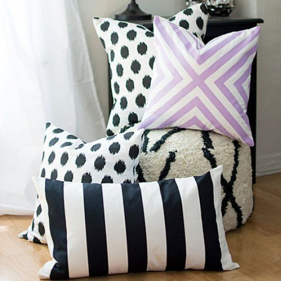How To Make A Throw Pillow Without Sewing : The easiest way to make custom pillow covers WITHOUT sewing! Plus, instructions on how one these ...