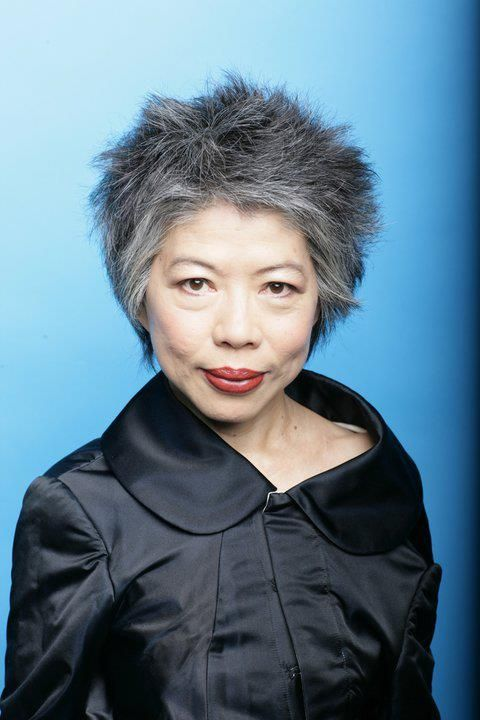 """Australian news presenter Lee Lin Chin has been looking more and more dangerous since she went naturally gray. [from her facebook """"Lee Lin Chin's Asymmetrical Outfits""""]"""