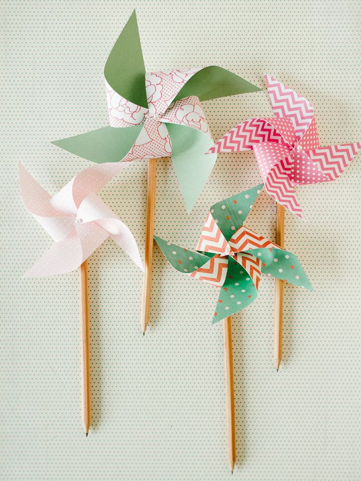 diy pencil + paper pinwheels -- love that they really spin! (:
