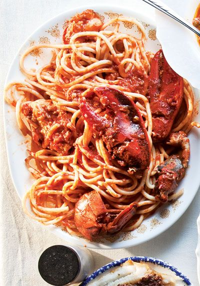 Lobster Fra Diavolo (Lobster in Spicy Tomato Sauce) by saveur #Lobster #Pasta