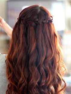 Portofino. Madison Reed hair color. This is the hair color I'm going to dye my hair soon. Close to my normal hair color..