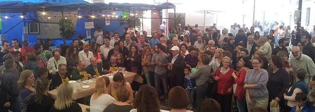 Miles de personas visitan la Feria del #Vino y la Castaña de Yunquera (pineado por @OrgulloWine)