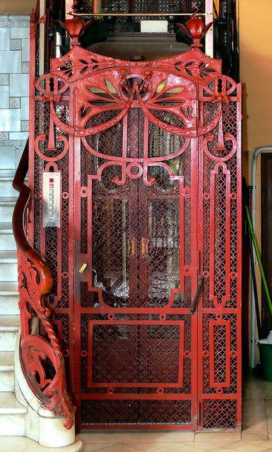 Barcelona looks like an elevator or lift gate.