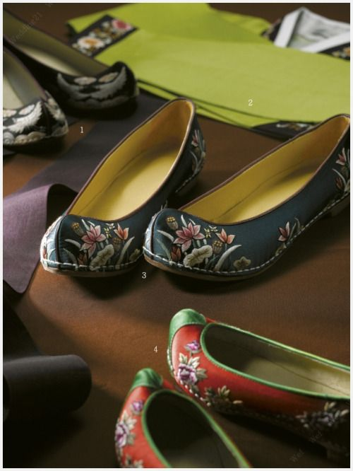 Traditional Korean shoes for women.